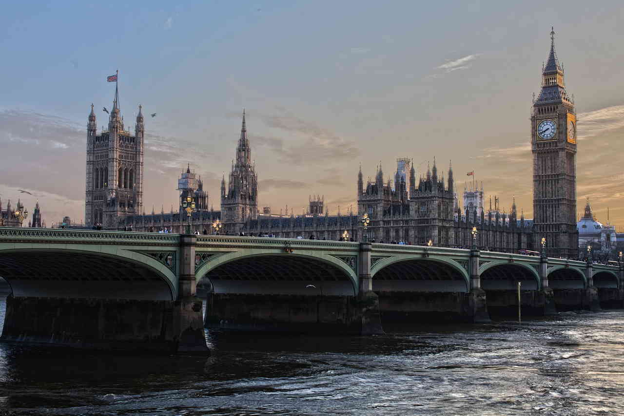 UK public sector procurement officers can make great savings with CSPG Be Connected